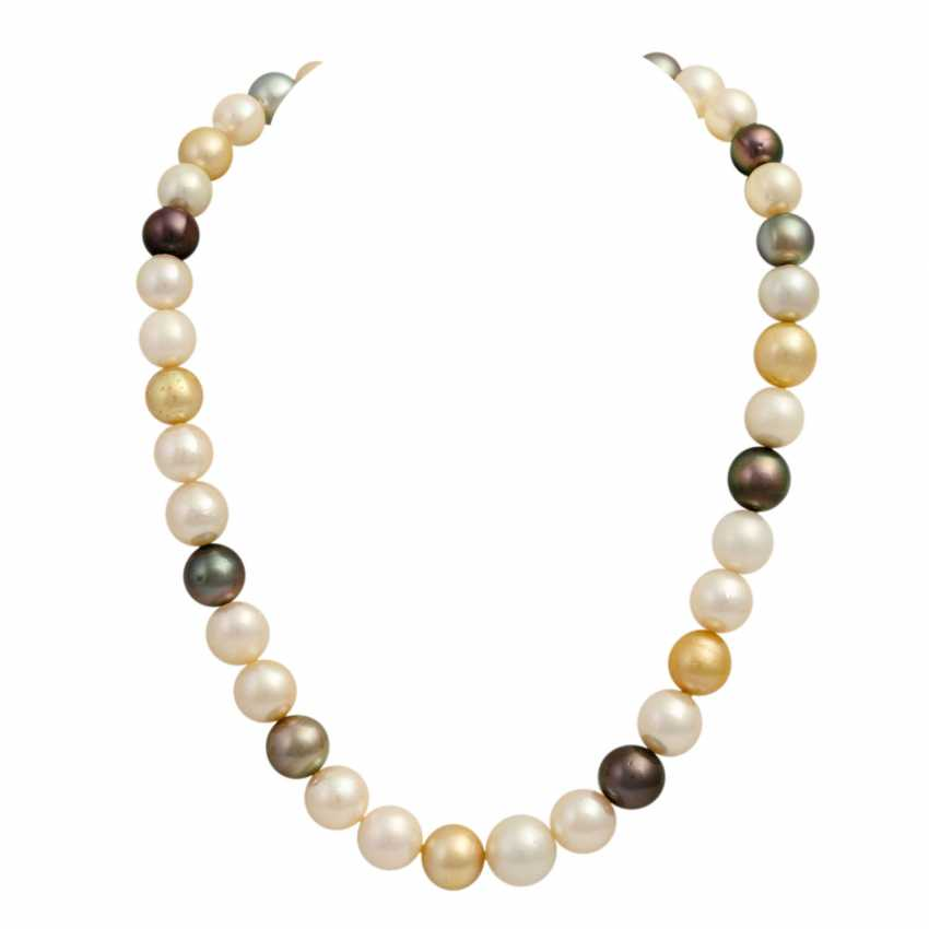 Collier made from cultured South Sea pearls - photo 1