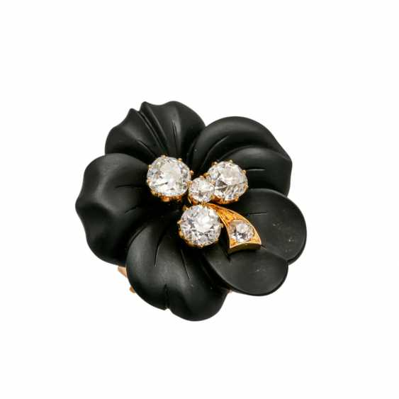 Onyx flower brooch with 5 old ship diamonds, - photo 4