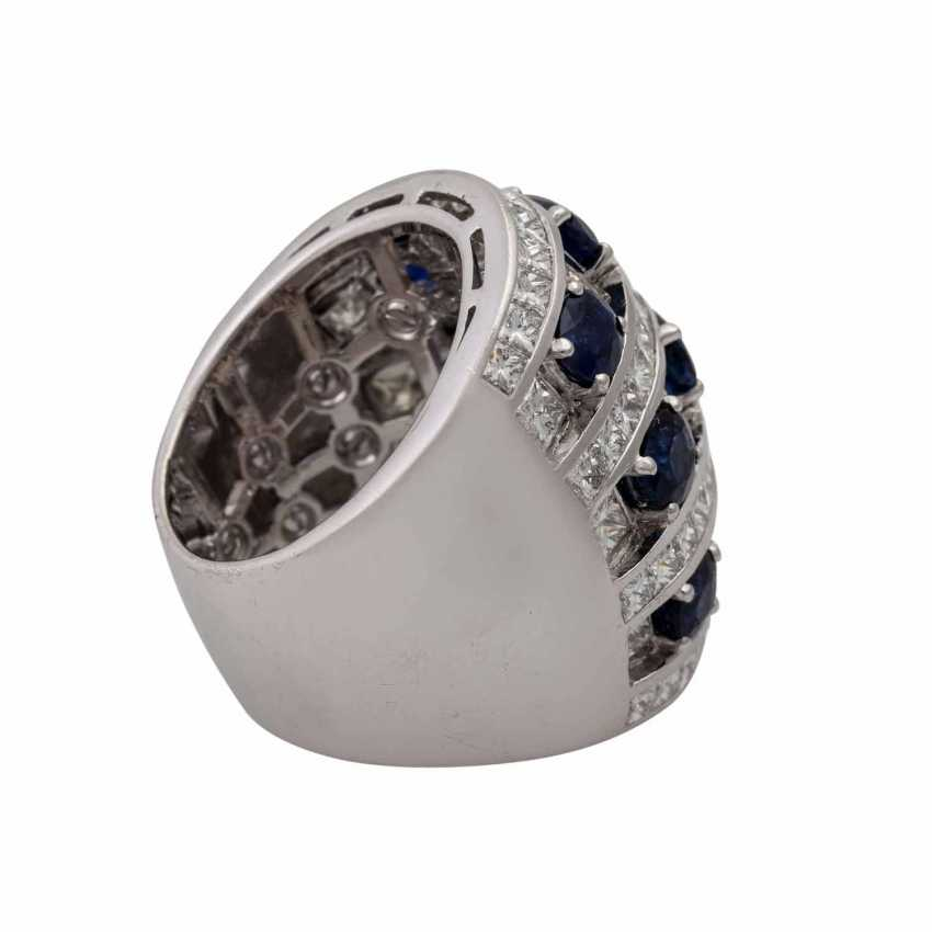Ring with 9 sapphires and 74 diamonds - photo 3