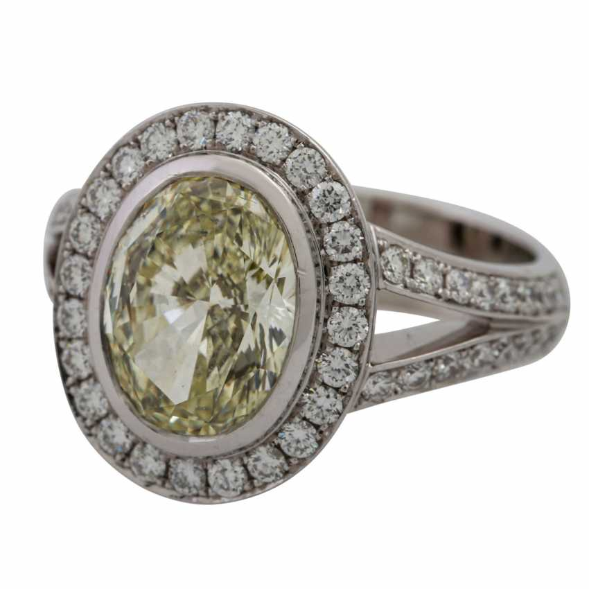 Ring with oval brilliant approx. 3.3 ct, - photo 5
