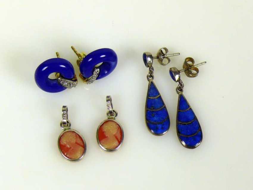 3 various stud earrings - photo 1