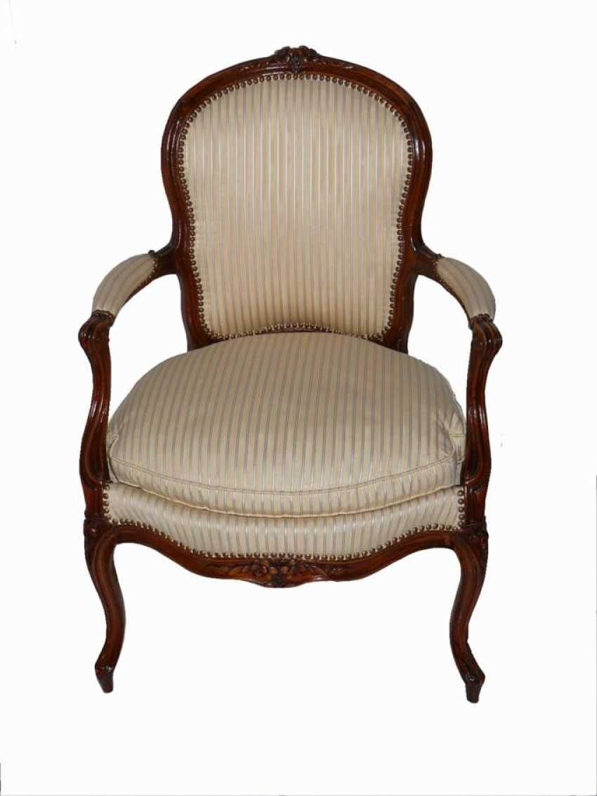 LOUIS XV armchair - photo 1