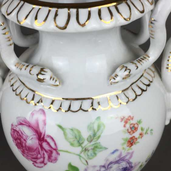 Pair of snake handle vases - photo 3