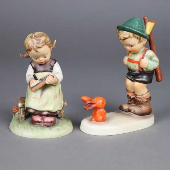 Two Hummel figures - photo 1
