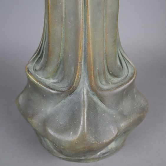 Pair of Art Nouveau vases - photo 9