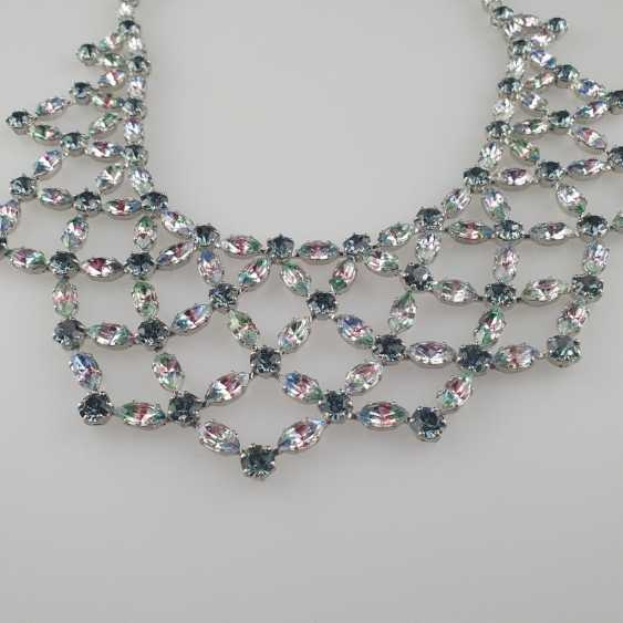Magnificent vintage necklace with a reticulated middle section - photo 2