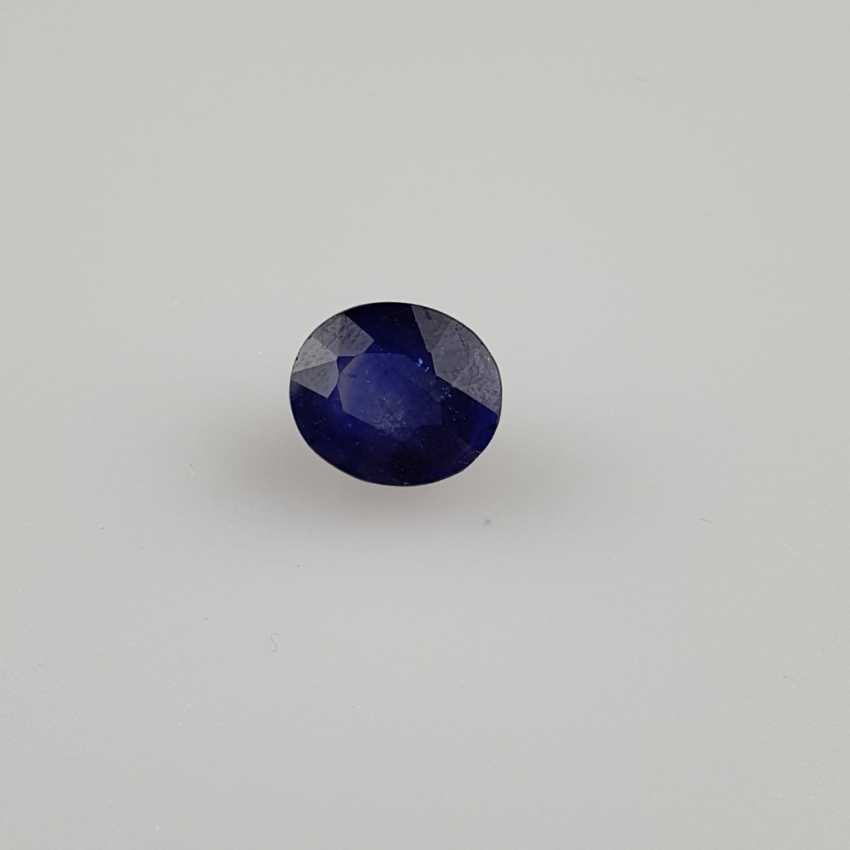 Loose sapphire blue sapphire, oval faceted, approx 9.12ct, with IDT certificate - photo 1