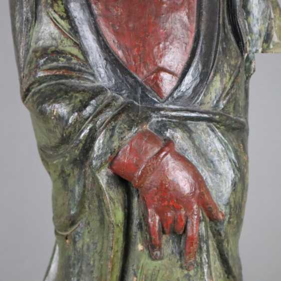 Wood figure Guanyin - photo 3