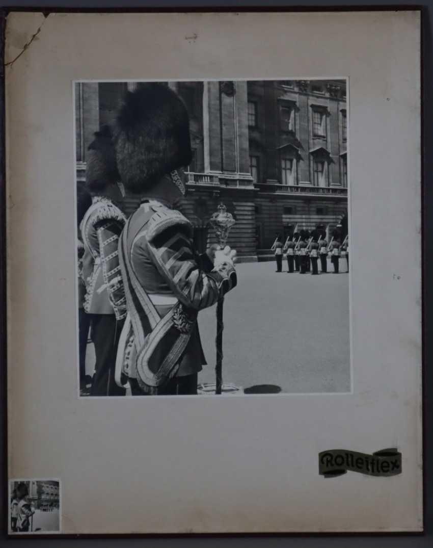Rolleiflex-Werbetafel mit Photographie-Vergrößerung - photo 1