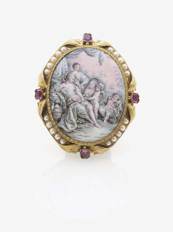 BROOCH WITH MINIATURE PAINTING, RUBIES AND PEARLS - photo 1
