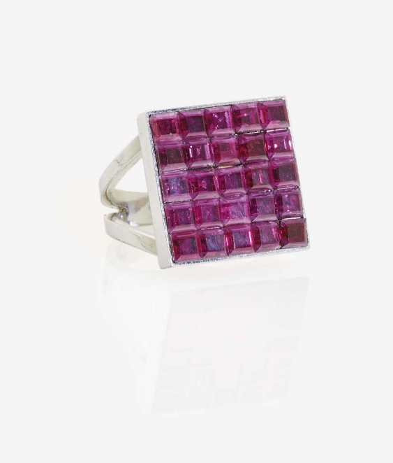 COCKTAIL RING DECORATED WITH RUBIES - photo 1