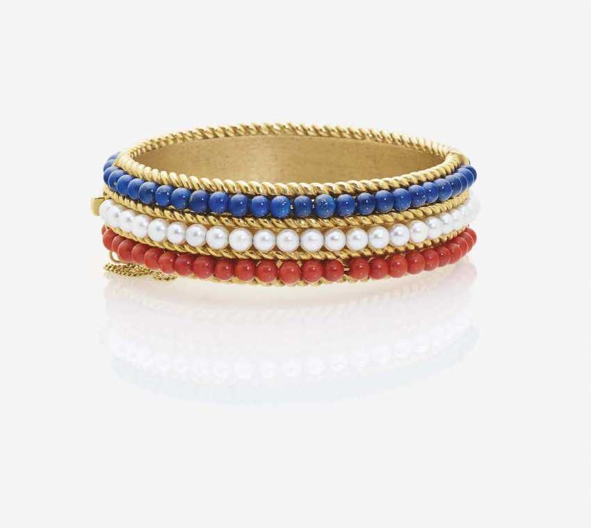 BRACELET WITH CULTURED PEARLS, CORAL AND LAPIS LAZULI BALLS - photo 1