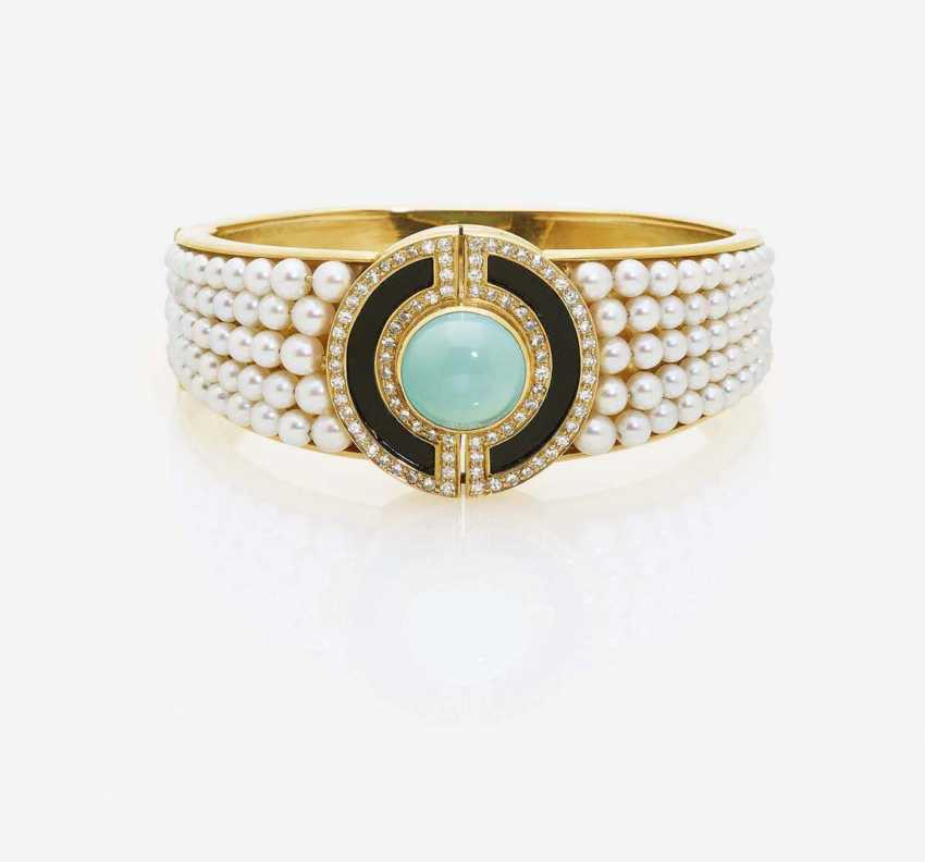 BANGLE WITH TURQUOISE, ONYX, CULTURED PEARLS AND DIAMONDS - photo 1