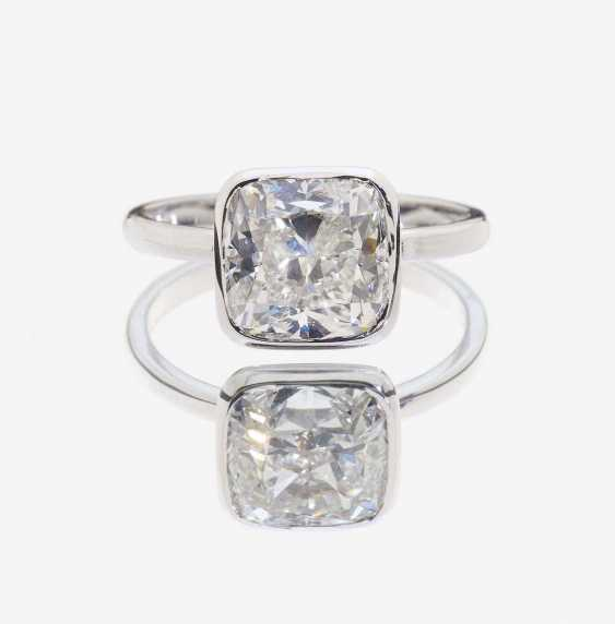 SOLITAIRE RING ADORNED WITH A DIAMOND IN CUSHION CUT - photo 1