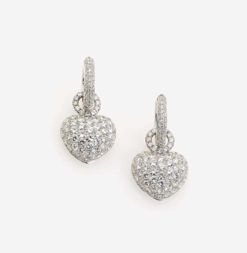 A FEW WITH THE BRILLIANT ORNATE EAR PIN EARRINGS PENDANTS WITH HEART - photo 1