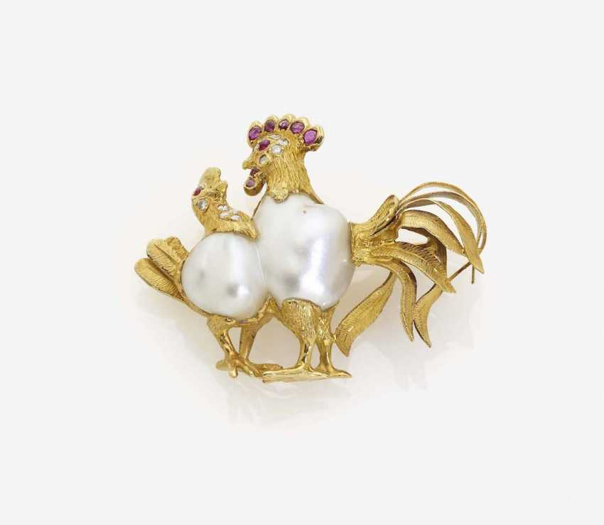 ANIMAL BROOCH WITH Large Baroque pearl - photo 1