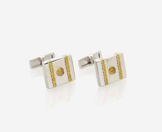 A PAIR OF CUFFLINKS DECORATED WITH CANARY YELLOW AND FANCY YELLOW DIAMONDS - photo 1
