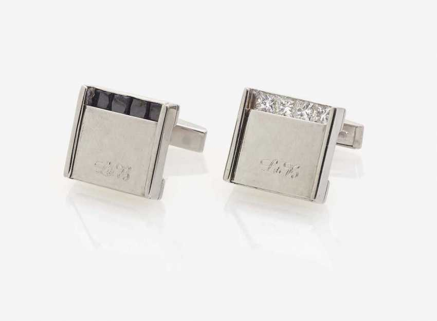 A PAIR of CUFFLINKS DECORATED WITH White AND BLACK NATURAL DIAMONDS - photo 1
