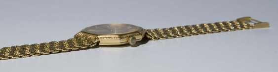 Gold Wrist Watch - photo 5