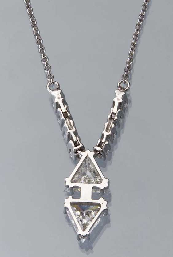 Diamond-Brillant-Collier.