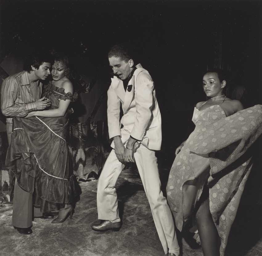 LARRY FINK (B. 1941) - photo 1
