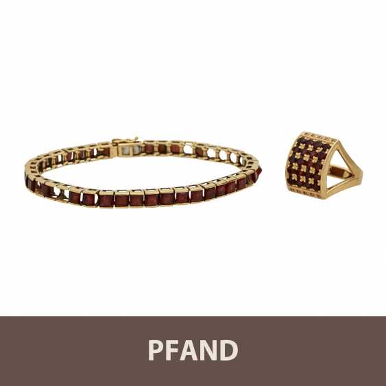 PANDE AUCTION - 1 garnet bracelet, 7 stones missing, 1 garnet ring - photo 1