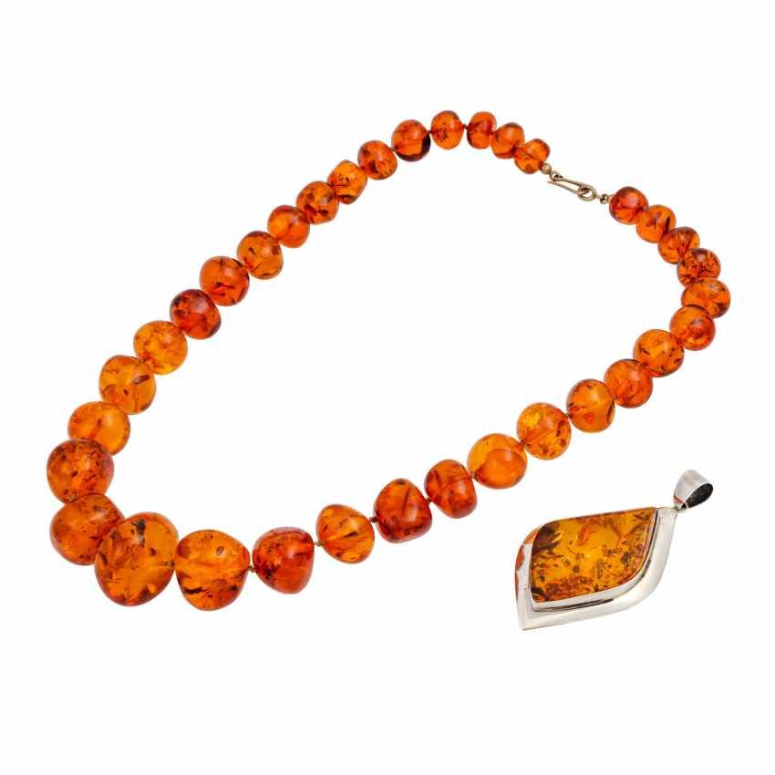 Mixed lot of amber jewelry - photo 1