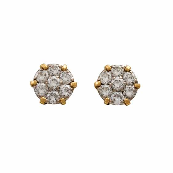 Stud earrings with diamonds totaling approx. 0.55 ct, - photo 1