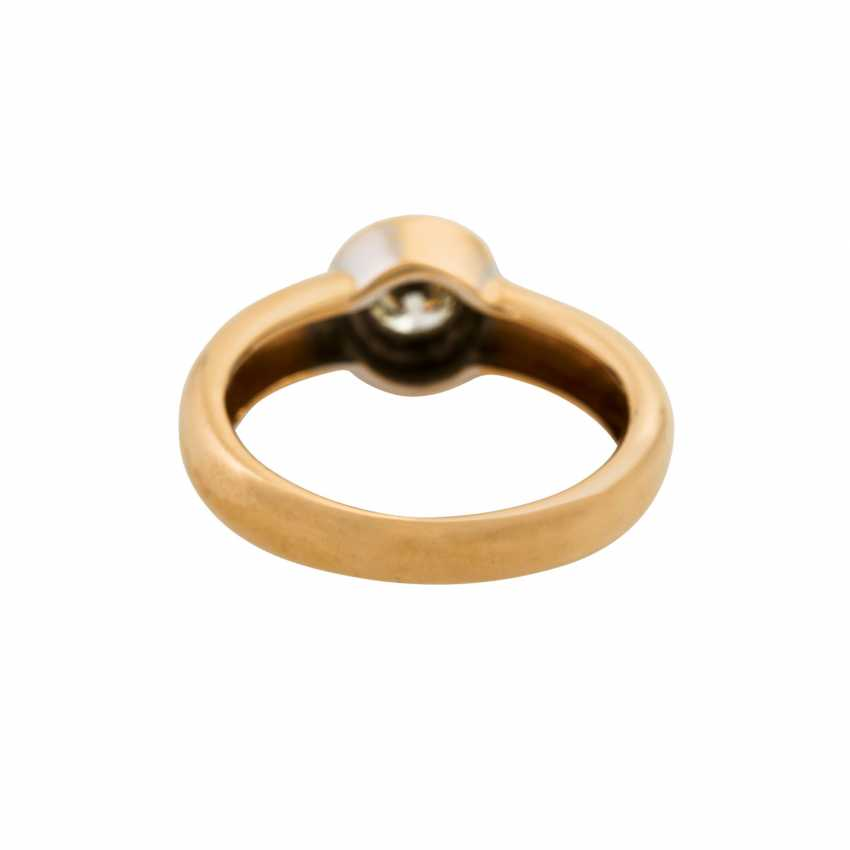 Solitaire ring with a diamond of approx. 0.5 ct, - photo 4