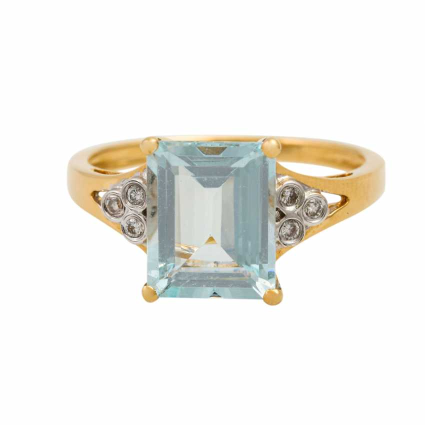 Ring with aquamarine and small brilliant-cut diamonds totaling approx. 0.09 ct, - photo 2