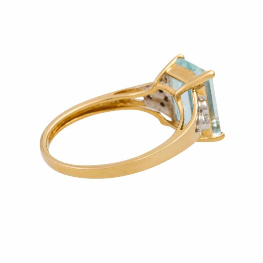 Ring with aquamarine and small brilliant-cut diamonds totaling approx. 0.09 ct, - photo 3