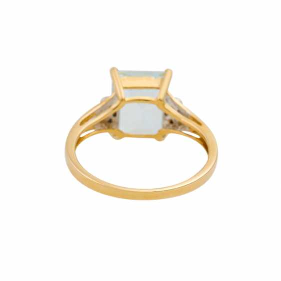Ring with aquamarine and small brilliant-cut diamonds totaling approx. 0.09 ct, - photo 4