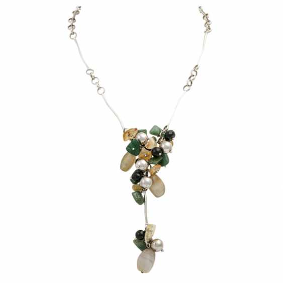 Necklace with precious stones - photo 1