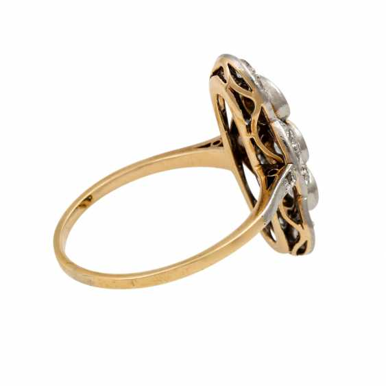 Art Deco ring with 3 old European cut diamonds totaling approx. 0.6 ct, - photo 3