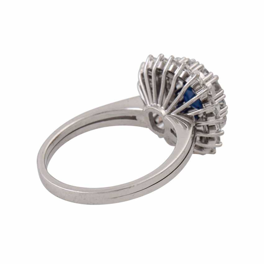 Ring with sapphire surrounded by diamonds and diamond baguettes, - photo 3