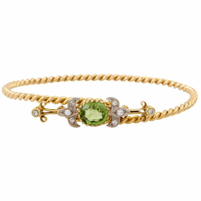 Bangle with oval faceted peridot and 8 diamonds, - photo 1