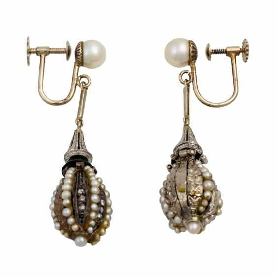Earrings with diamond roses and seed pearls - photo 2