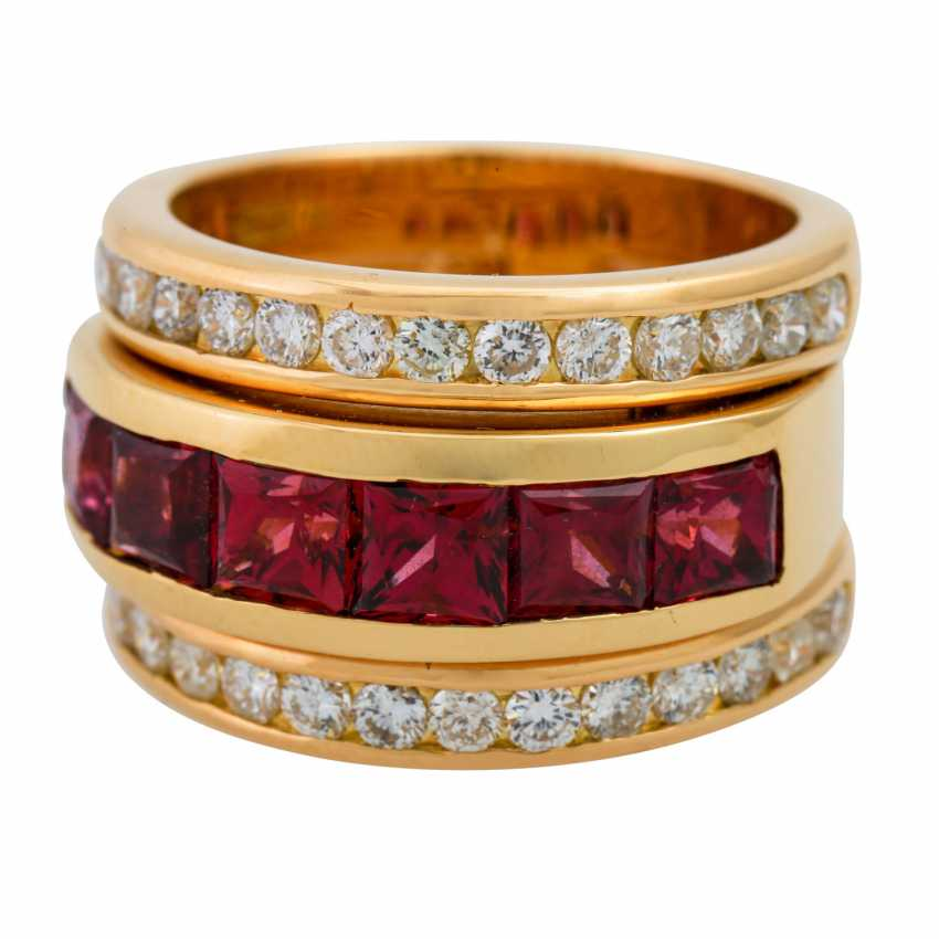 Ring with 6 garnets and 30 brilliant-cut diamonds totaling approx. 0.60 ct, - photo 5
