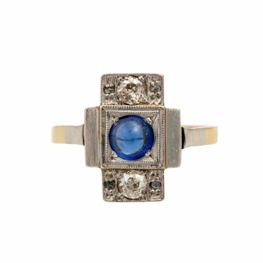 Ring with synthetic sapphire cabochon and diamonds - photo 2