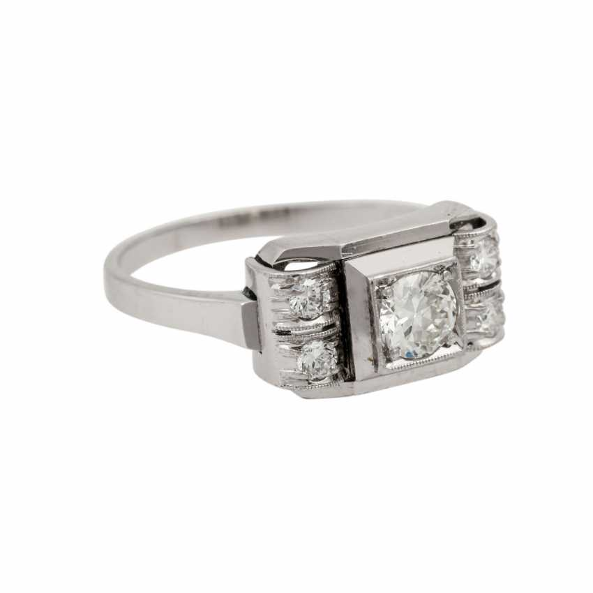 Ring with 5 old European cut diamonds, together approx. 0.55 ct, - photo 1