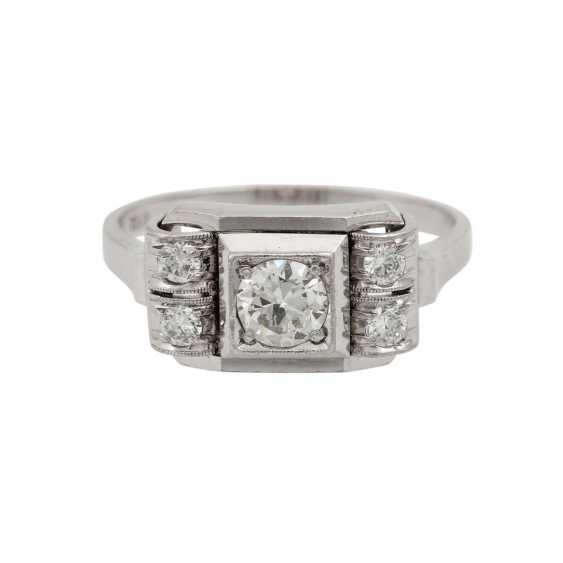 Ring with 5 old European cut diamonds, together approx. 0.55 ct, - photo 2