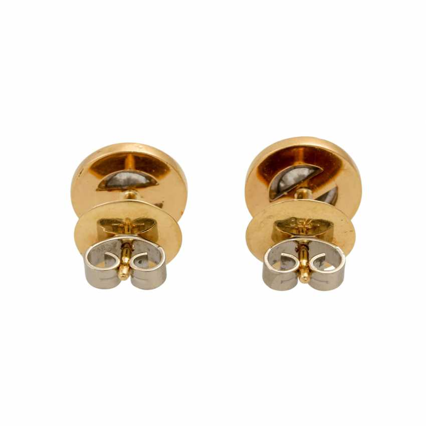 Solitary tube studs with diamonds totaling approx. 0.7 ct, - photo 4