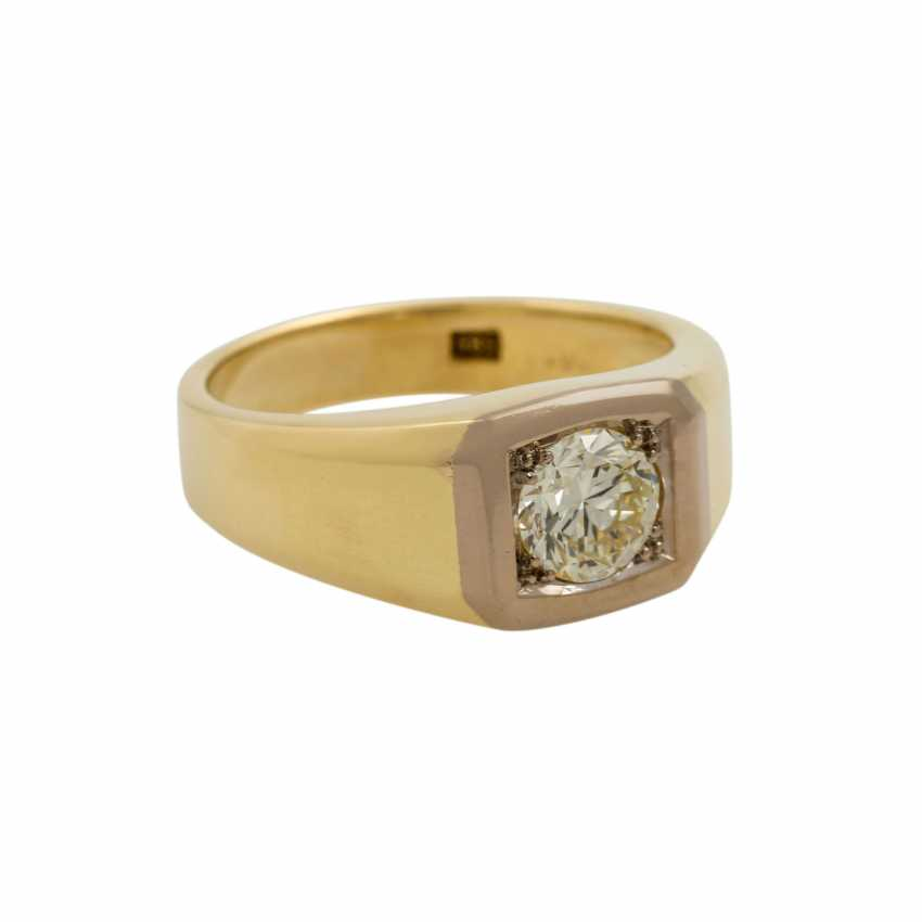 Solitaire ring with a diamond of approx. 0.9 ct, - photo 1