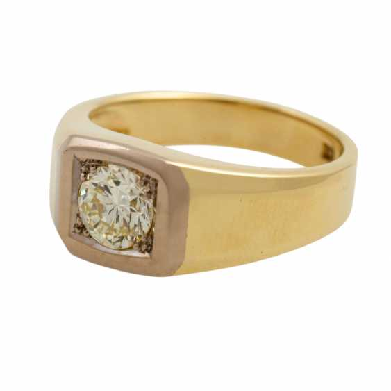 Solitaire ring with a diamond of approx. 0.9 ct, - photo 5