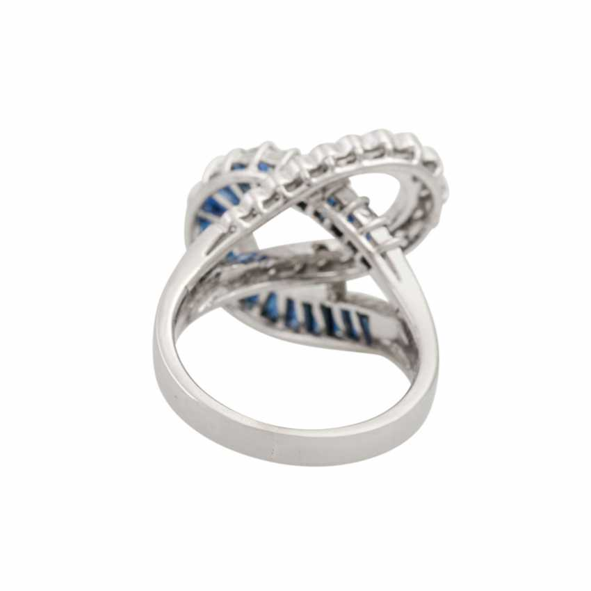 Ring with sapphires and diamonds, - photo 4