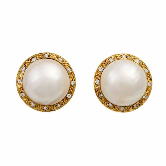 Clip-on earrings with Mab pearl surrounded by small diamonds - photo 1