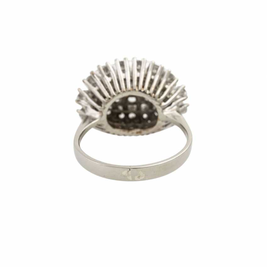 Ring with diamonds totaling approx. 2 ct, - photo 4