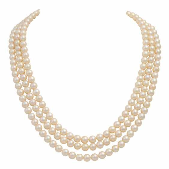 Akoya pearl necklace and bracelet set, - photo 2