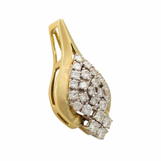 Pendant with diamonds totaling approx. 0.9 ct - photo 2
