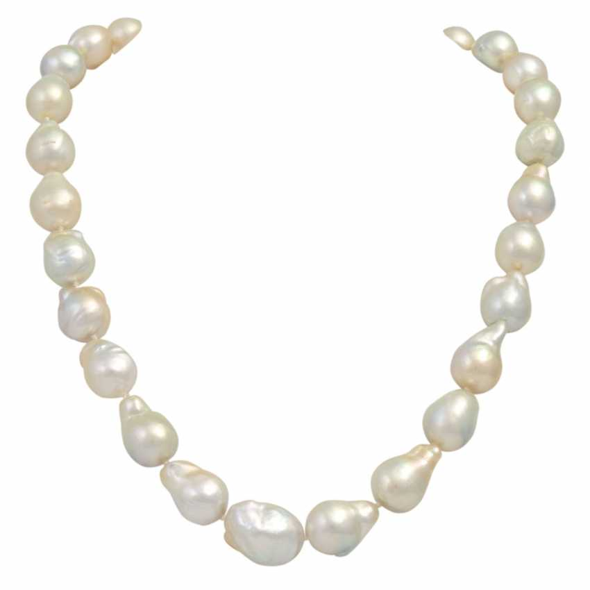 SCHOEFFEL South Sea pearl necklace, - photo 1